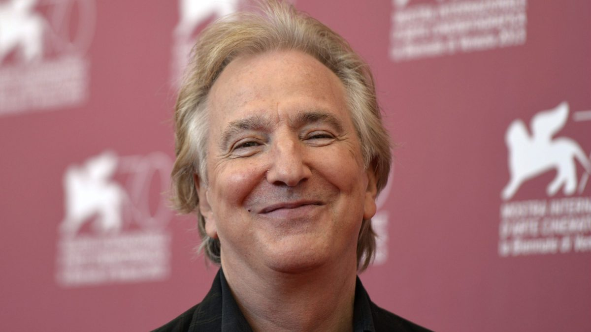 "LKS 20160114  VEN1876; (FILES) In a file picture taken on September 4, 2013 British actor Alan Rickman poses during the photocall of ""Une Promesse"" presented out of competition at the 70th Venice Film Festival at Venice Lido. British actor Alan Rickman has died at the age of 69 after suffering from cancer, his family said January 14, 2016. LEHTIKUVA / AFP PHOTO / GABRIEL BOUYS"