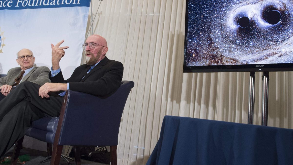 LKS 20160211  SAL005; LIGO co-founders Kip Thorne (R), and Rainer Weiss (L), speak about their discovery showing the ripples in the fabric of spacetime called gravitational waves that scientists have observed for the first time, confirming a prediction of Albert Einstein's theory of relativity, during a press conference at the National Press Club in Washington, DC, February 11, 2016. The machines that gave scientists their first-ever glimpse at gravitational waves are the most advanced detectors ever built for sensing tiny vibrations in the universe.The two US-based underground detectors are known as the Laser Interferometer Gravitational-wave Observatory, or LIGO for short. / AFP / SAUL LOEB - LEHTIKUVA / AFP