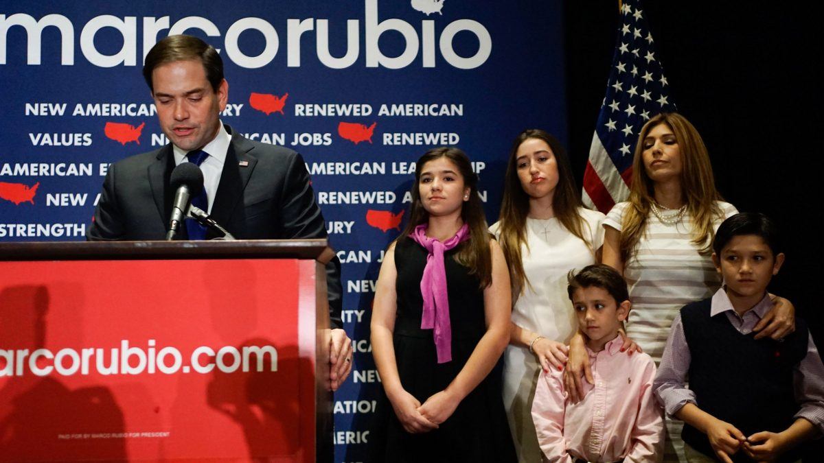 LKS 20160316 MIAMI, FL - MARCH 15: Republican presidential candidate U.S. Senator Marco Rubio (R-FL), flanked by his family, speaks at a primary night rally on March 15, 2016 in Miami, Florida. Rubio announced he was suspending his campaign after losing his home state to Republican rival Donald Trump. LEHTIKUVA / Angel Valentin / Getty Images / AFP