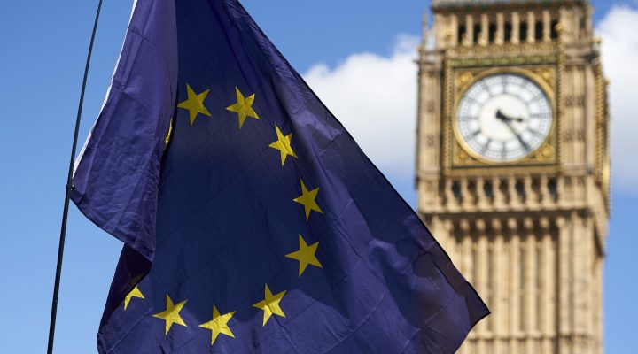 "LKS 20160705 A European flag is flown in front of The Elizabeth Tower which houses the ""Big Ben"" bell in the Palace of Westminster, as thousands of protesters gather in Parliament Square as they take part in a March for Europe, through the centre of London on July 2, 2016, to protest against Britain's vote to leave the EU, which has plunged the government into political turmoil and left the country deeply polarised. Protesters from a variety of movements march from Park Lane to Parliament Square to show solidarity with those looking to create a more positive, inclusive kinder Britain in Europe. / AFP / Niklas HALLE'N - LEHTIKUVA / AFP"
