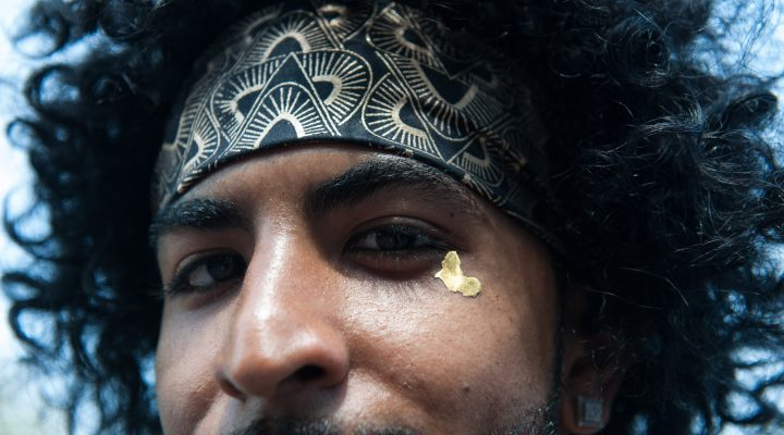 LKS 20160828 NEW YORK, NY - AUGUST 27: A man wears a symbol of Africa on his face during the annual Afropunk Music festival on August 27, 2016 in the Brooklyn bourough of New York City. LEHTIKUVA / Stephanie Keith / Getty Images / AFP