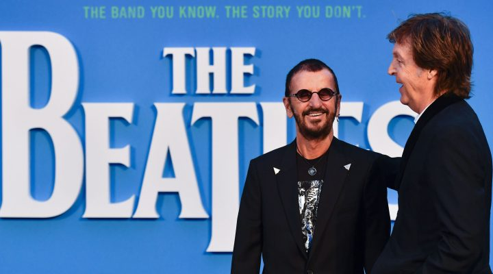 "LKS 20160915  Britain singer-songwriter Paul McCartney (R) and muscian Ringo Starr (L) of legendary rock-band The Beatles pose arriving on the carpet to attend a special screening of the film ""The Beatles Eight Days A Week: The Touring Years"" in London on September 15, 2016. / AFP / Ben STANSALL - LEHTIKUVA / AFP"