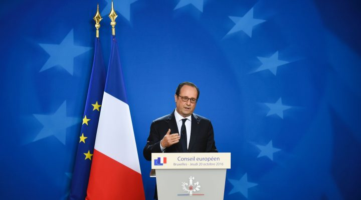LKS 20161021 THY01; French President of Republic Francois Hollande gives a joint press during a European Union leaders summit on October 20, 2016 at the European Council, in Brussels. British Prime Minister Theresa May will seek to allay fears of the disruptive impact of Brexit after a wave of criticism when she addresses European Union leaders at her first EU summit. / AFP / JOHN THYS - LEHTIKUVA / AFP