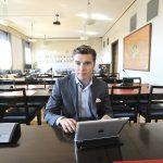 SDP:n eduskuntaryhmän viestintäsihteeri Dimitri Qvintus